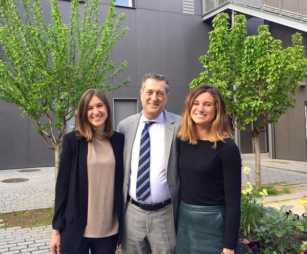 Pierre Gaches et ses filles Caroline et Olivia